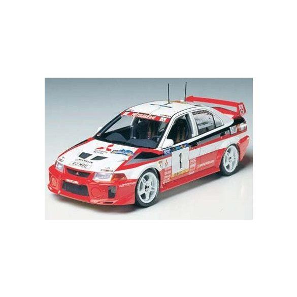 Tamiya Mitsubishi Lancer Evo.V WRC - makett