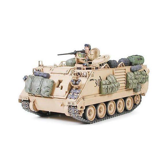 Tamiya M113A2 Armored Person Carrier - Desert Version - makett