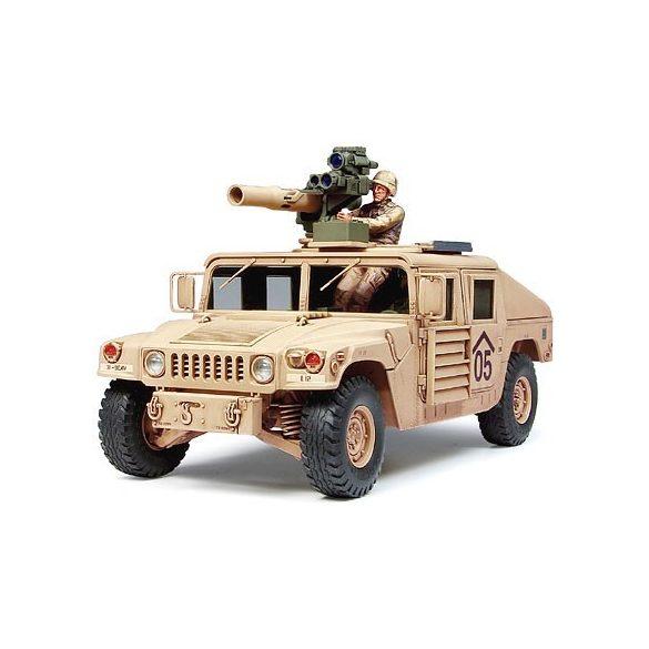 Tamiya M1046 Humvee - TOW Missile Carrier - makett