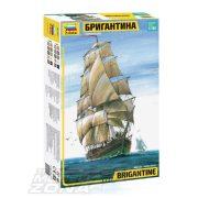 Zvezda - 1:100 English Brigantine 2 árbócos történelmi hajó - makett