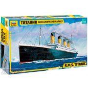 Zvezda - 1:700 RMS TITANIC- makett