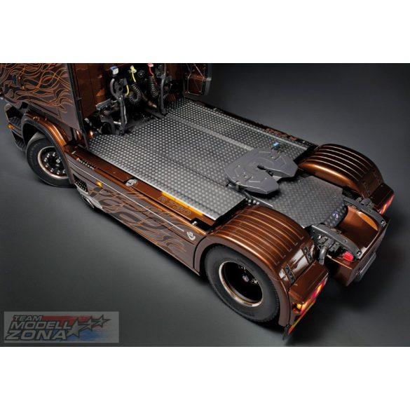 Italeri Scania R730 V8 Black Amber- makett