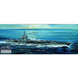 Italeri  USS American- makett