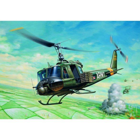Italeri  1:72 UH-1B Huey - makett