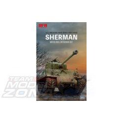 Rye Field Model - 1:35 M4A3E8 SHERMAN w/Full Interior&Workable Track Links - makett