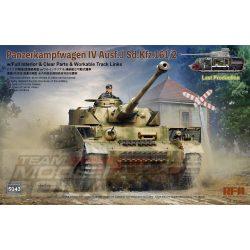 Rye Field Model - 1:35 Panzerkampfwagen IV Ausf.J Sd.Kfz.161/2 (w/full interior&clear parts&workle track links) - makett